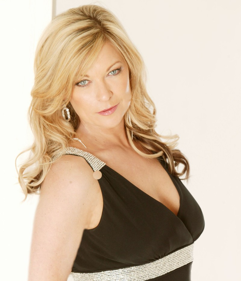 Claire king well would