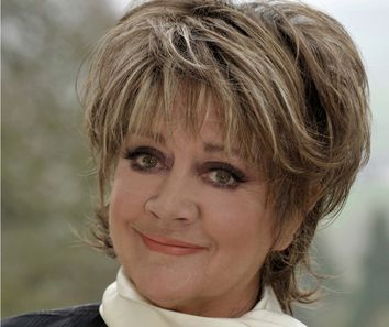 Amanda Barrie Main Colour